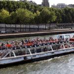 Речные прогулки на кораблях по Сене